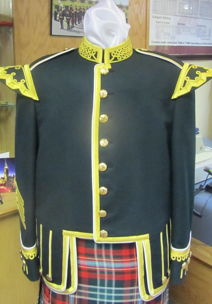 https://andreitailors.com/wp-content/uploads/2018/08/Pipe-Major-Doublet.jpg