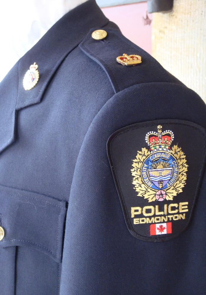 https://andreitailors.com/wp-content/uploads/2018/08/Police-Duty-Uniform-Shoulder.jpg