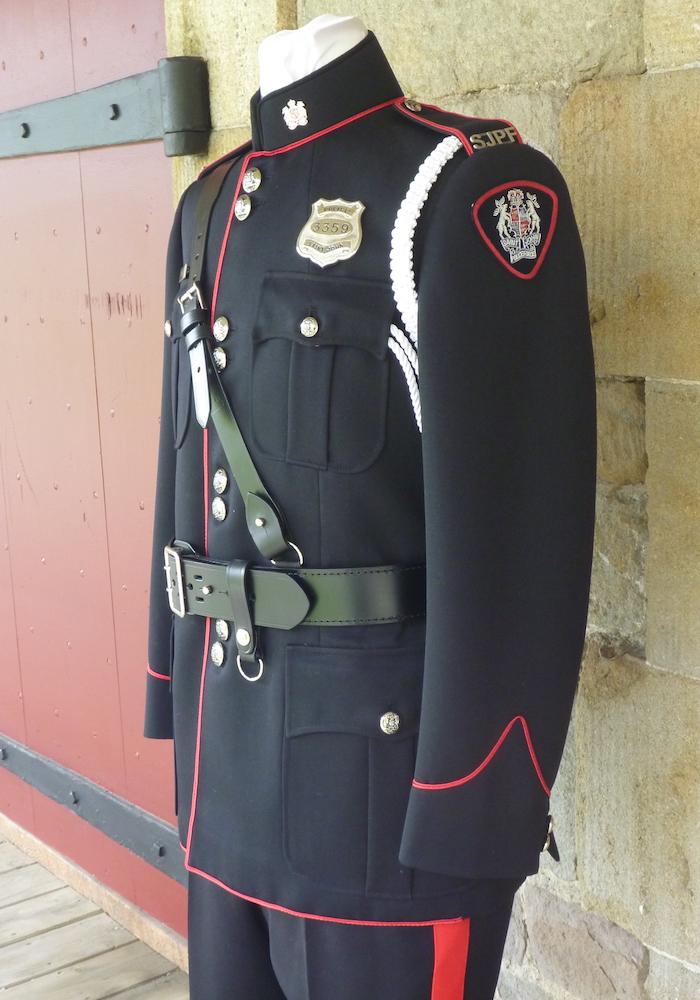https://andreitailors.com/wp-content/uploads/2018/08/Police-High-Collar-Uniform.jpg