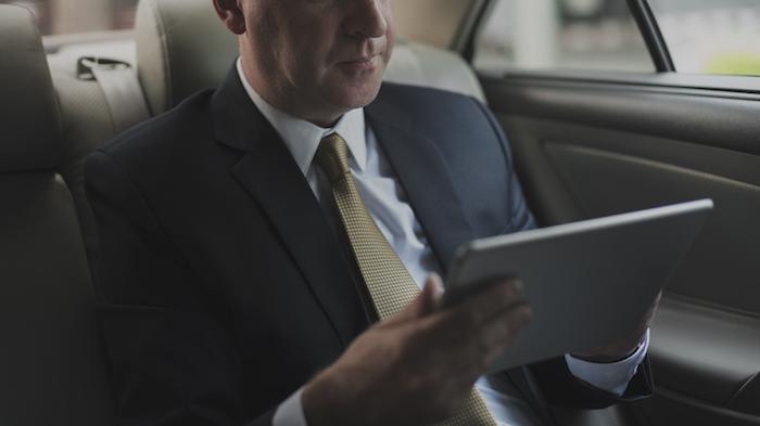 https://andreitailors.com/wp-content/uploads/2018/10/Business-Suit.jpeg