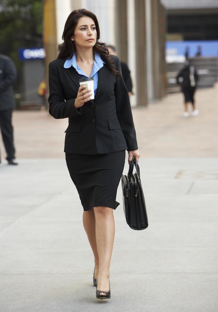https://andreitailors.com/wp-content/uploads/2018/10/Business-Women.jpeg
